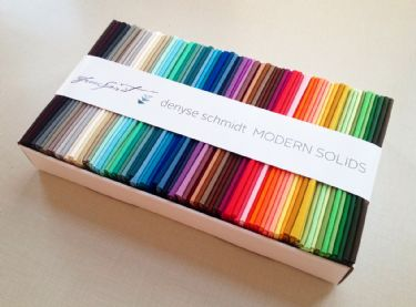 DS Modern Solids fat quarter box