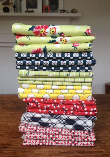 Sweet Ruby fat quarter stack